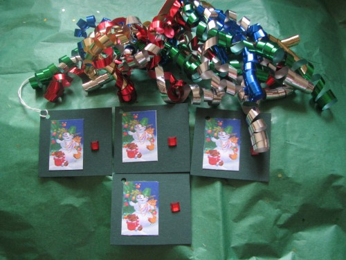 Snowman and Friends Christmas Greetings Gift tag set of 4